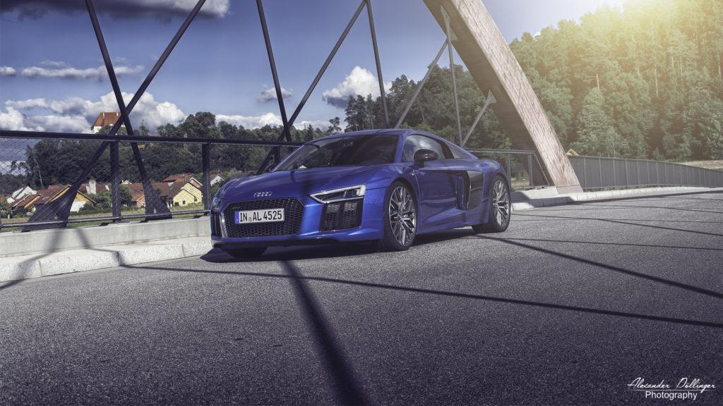 Audi R8 V10 Plus Arablue