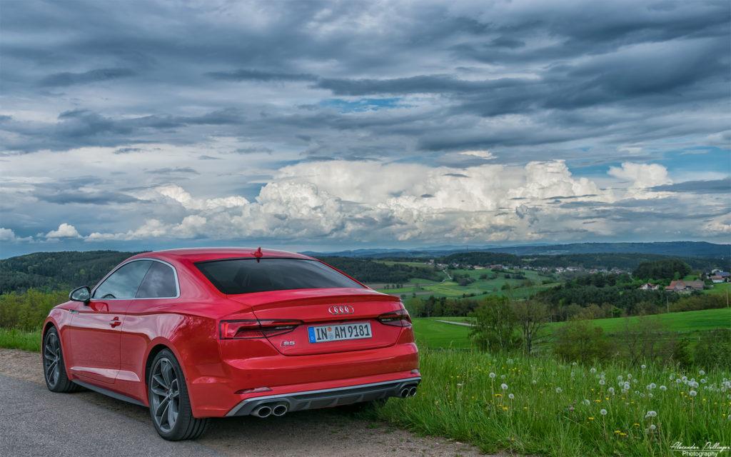 Audi-S5-Berg