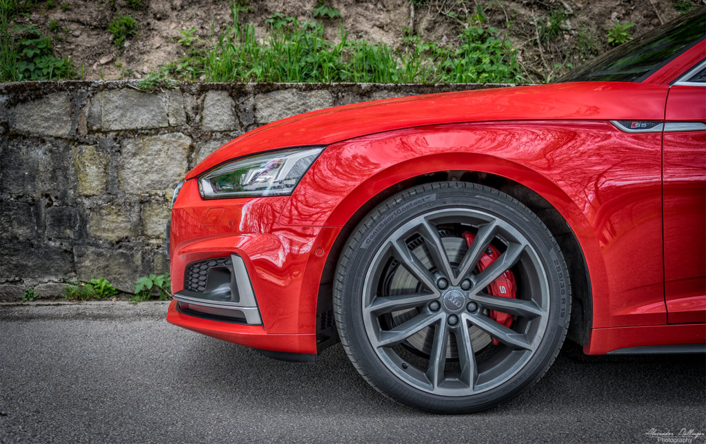 Audi S5 Coupe Front