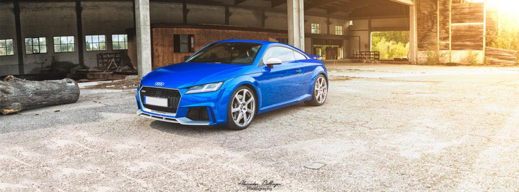 Audi TT RS 8S Arablau