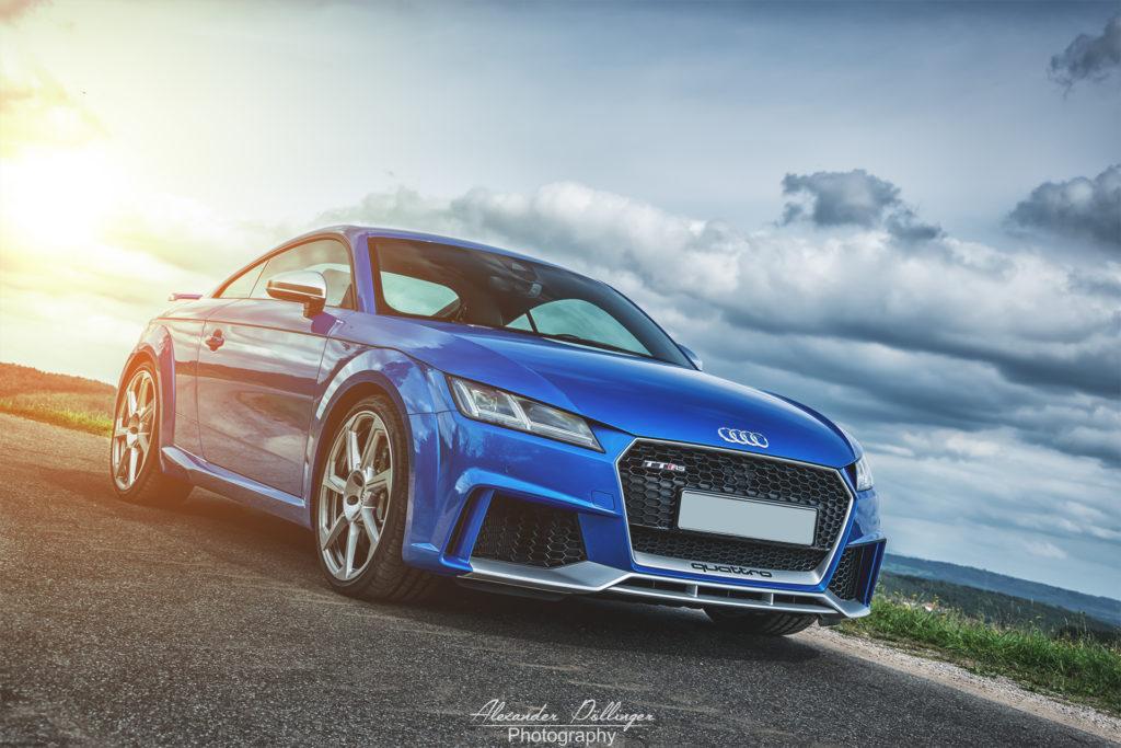 Audi TT RS Arablue Sunset