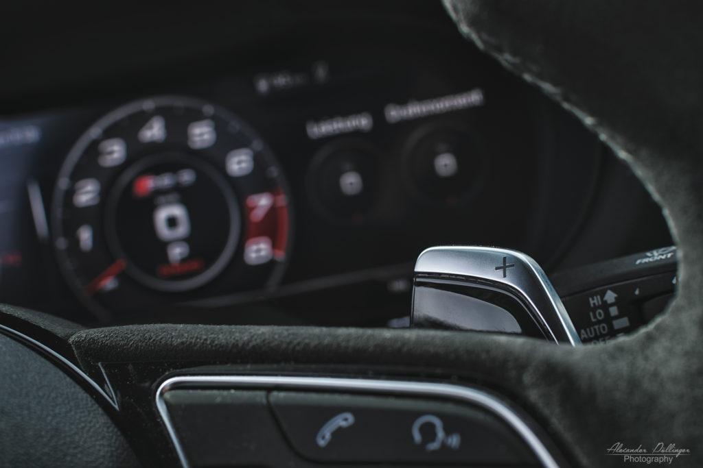 Audi RS3 Limousine Schaltwippen