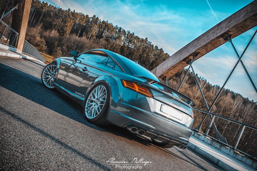 Audi TT Daytonagrau