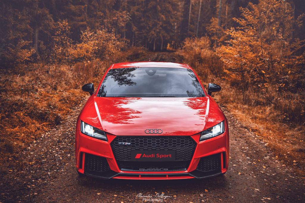 Catalunya red Audi TT RS